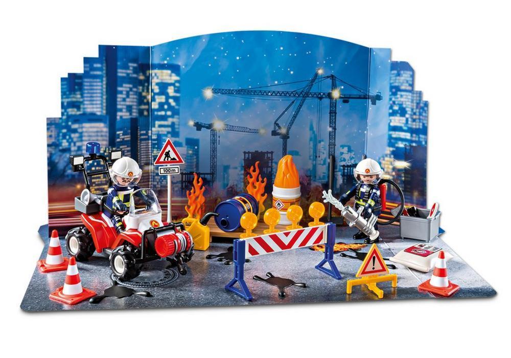 Playmobil Weihnachtskalender.Playmobil Adventskalender Feuerwehreinsatz Auf Der Baustelle